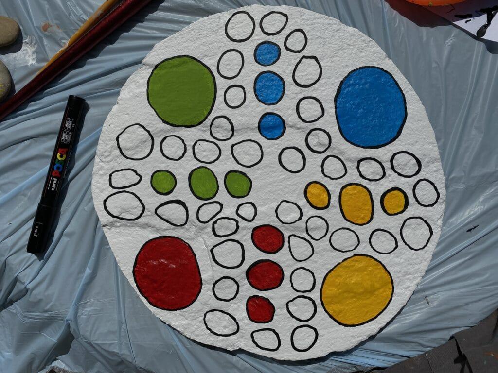Spiel selber machen mit Acrylfarben